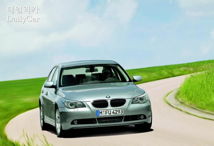 "BMW, ""가솔린차 화재 사고..EGR 리콜과 무관""..해명"
