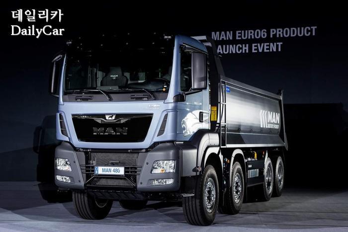 만트럭, 유로6 TGS 480마력 8x4 덤프