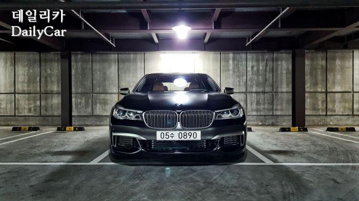 [시승기] BMW M760Li xDrive..럭셔리 세단이란 이런 것...