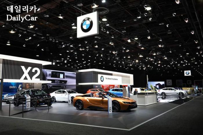 벤츠 이어 BMW까지 불참..디트로이트모터쇼 일정 변경하나?