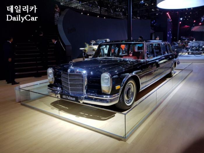 '독재자의 차'로 불렸던 벤츠 '600 풀만'..돋보이는 카리스...