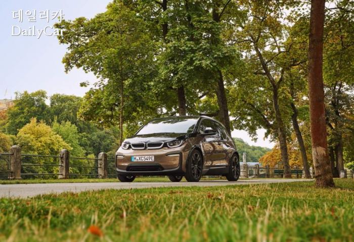 BMW, 주행거리 높인 i3 120Ah 출시..가격은 6000만~6560만원